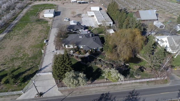 29707 Orange Ave, Escalon, CA - USA (photo 2)