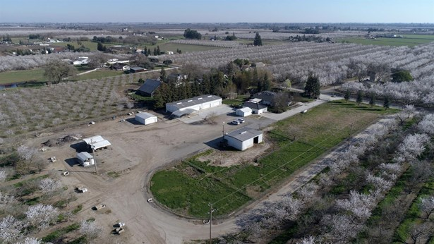 29707 Orange Ave, Escalon, CA - USA (photo 5)