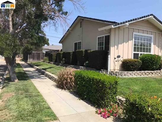 4595 Hilo St, Fremont, CA - USA (photo 3)