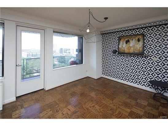 Condo,Condo/Coop/Villa, Contemporary,Traditional - St Louis, MO (photo 3)
