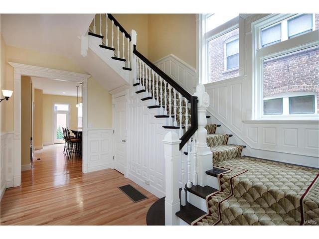 Condo,Condo/Coop/Villa, Historic,Traditional - St Louis, MO (photo 3)
