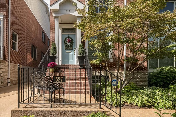 Traditional,Townhouse, Other - University City, MO