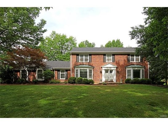 Colonial,Traditional, Residential - Chesterfield, MO (photo 1)