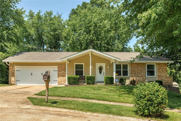 Residential, Colonial,Ranch - Manchester, MO