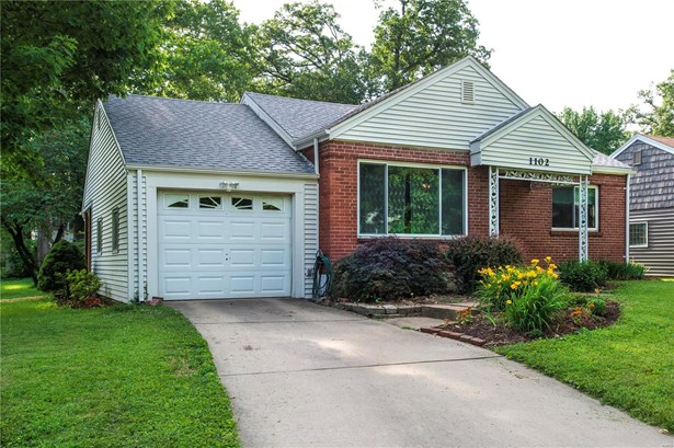Residential, Traditional,Ranch - Webster Groves, MO (photo 1)