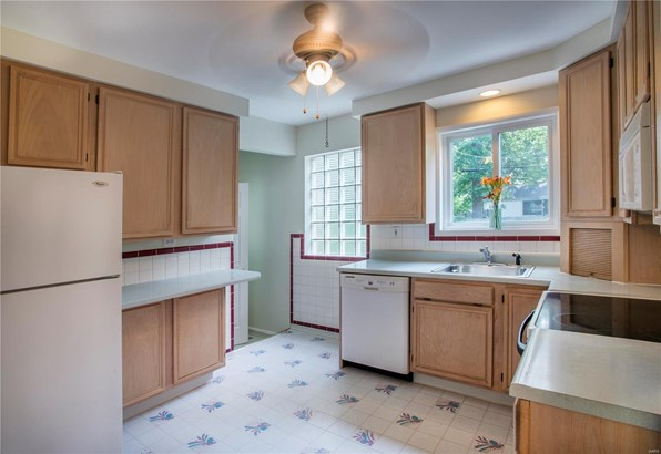 Residential, Traditional,Ranch - Webster Groves, MO (photo 4)