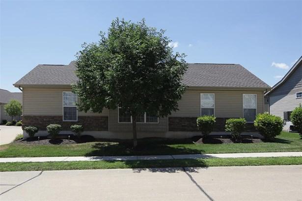Condo,Condo/Coop/Villa, Traditional,Villa - Cottleville, MO (photo 2)