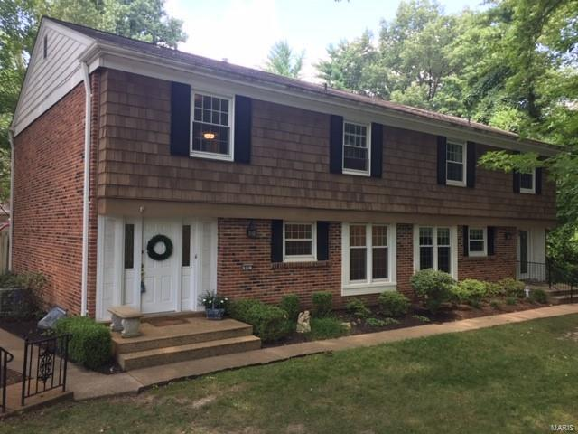 Traditional,Townhouse, Condo - Chesterfield, MO