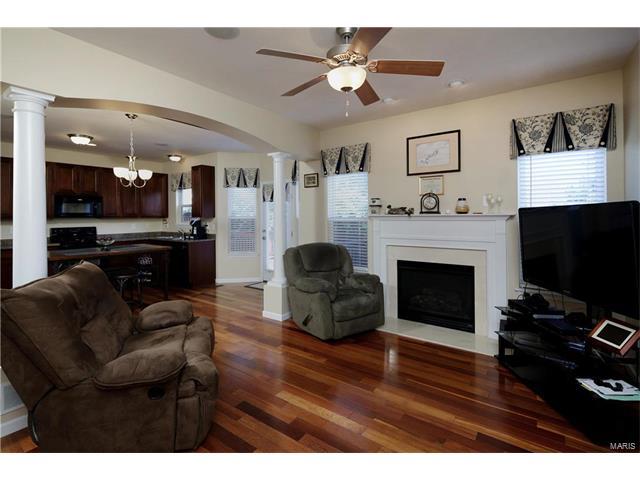 Condo,Condo/Coop/Villa, Traditional,Townhouse - Lake St Louis, MO (photo 2)