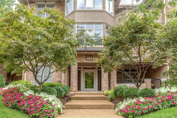 Condo, Traditional,Garden Apartment - St Louis, MO