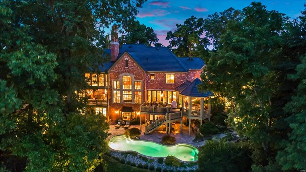 Residential, French,Traditional - St Albans, MO