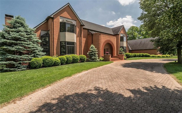 Residential, Contemporary - Town and Country, MO (photo 3)