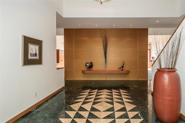 Residential, Contemporary - Town and Country, MO (photo 5)