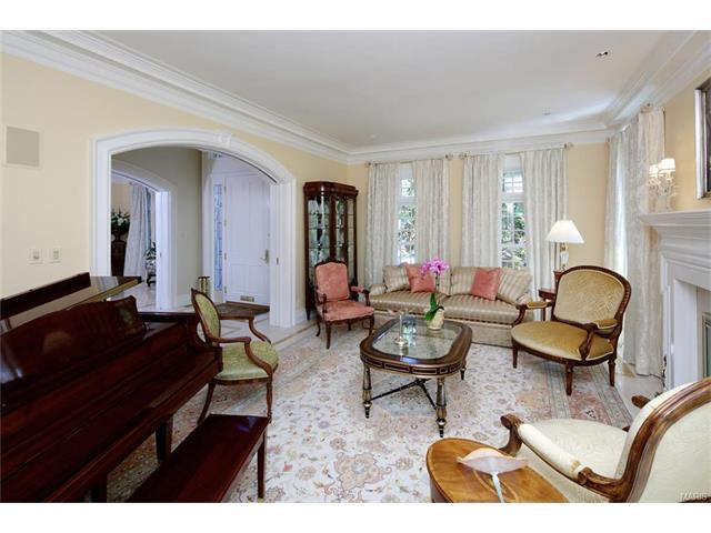 Colonial,Traditional, Residential - Clayton, MO (photo 5)