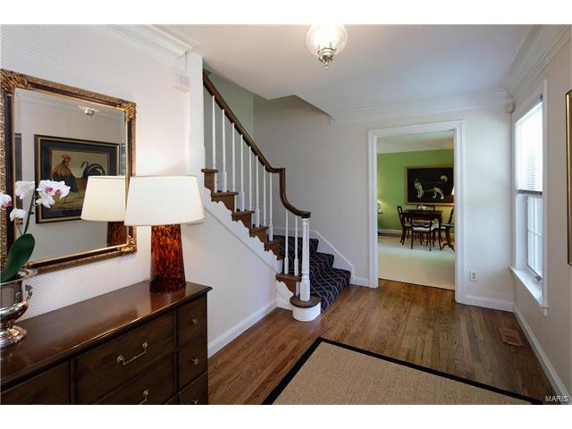 Residential, Colonial - Ladue, MO (photo 4)