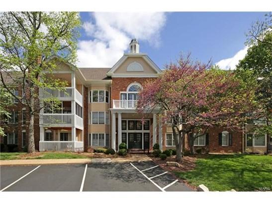 Condo,Condo/Coop/Villa, Traditional,Garden Apartment - Chesterfield, MO (photo 1)