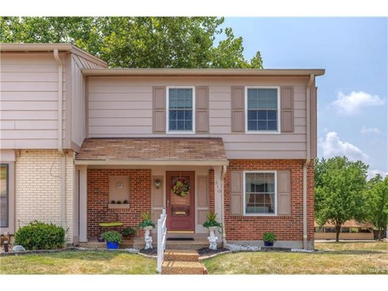 Condo,Condo/Coop/Villa, Traditional - Ellisville, MO (photo 1)