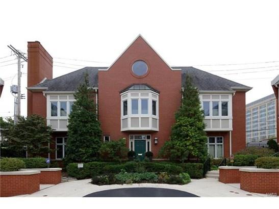 Condo,Condo/Coop/Villa - St Louis, MO (photo 1)