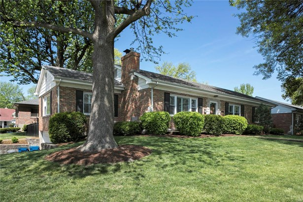 Residential, Traditional,Ranch - Glendale, MO (photo 2)