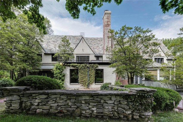 Residential, English,Traditional,Tudor - St Louis, MO (photo 4)