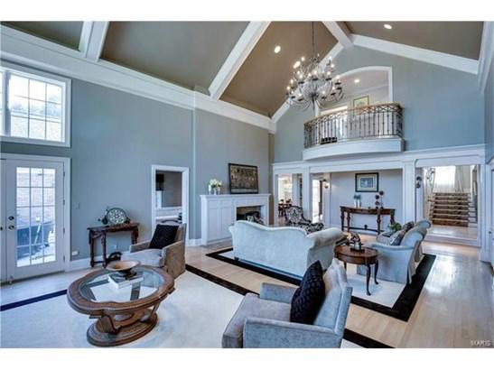 Residential, Traditional,Tudor - Huntleigh, MO (photo 3)