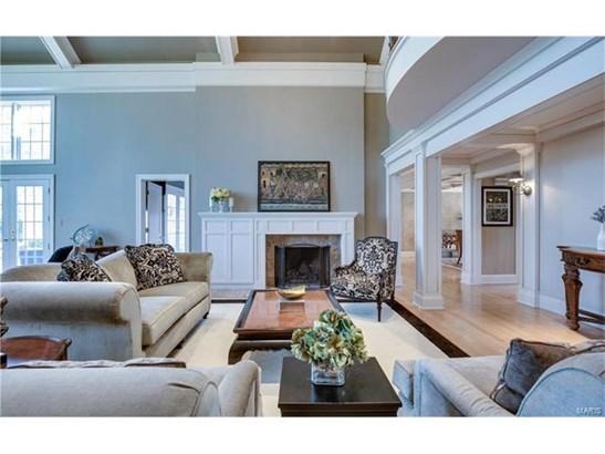 Residential, Traditional,Tudor - Huntleigh, MO (photo 4)