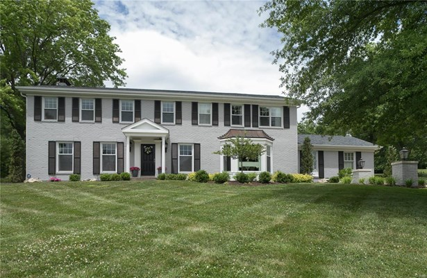 Colonial,Traditional, Residential - Town and Country, MO