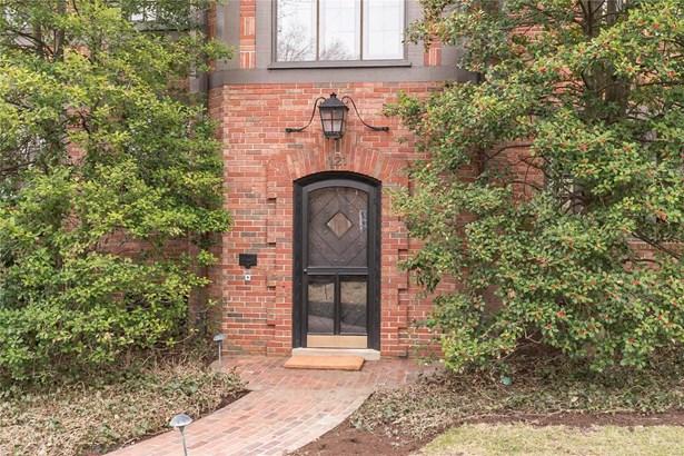 Residential, English,Traditional,Tudor - Richmond Heights, MO (photo 4)