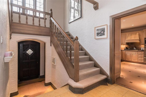 Residential, English,Traditional,Tudor - Richmond Heights, MO (photo 5)
