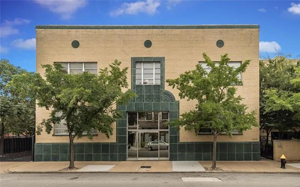 Condo, Contemporary,Historic,Garden Apartment - St Louis, MO