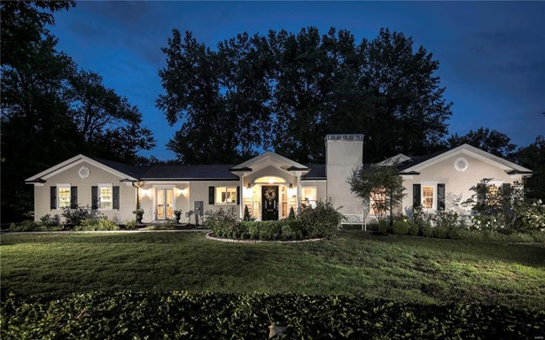 Residential, Colonial,Traditional,Ranch - Ladue, MO