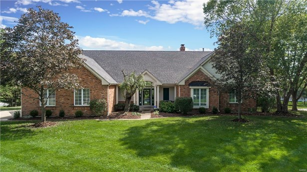 Residential, Traditional,Atrium - Chesterfield, MO (photo 1)