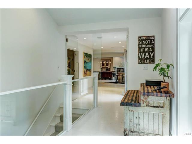 Residential, Contemporary,Traditional - Ladue, MO (photo 5)