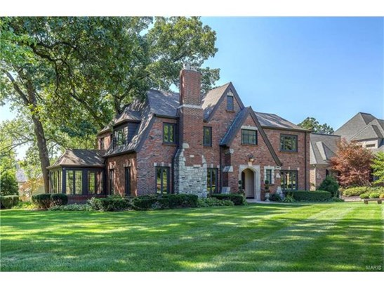 English, Residential - Ladue, MO (photo 2)