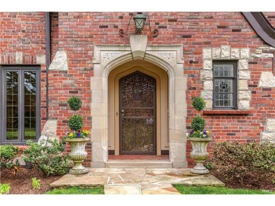 English, Residential - Ladue, MO (photo 3)
