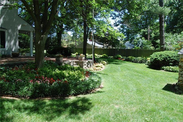 Residential, Traditional - Kirkwood, MO (photo 3)