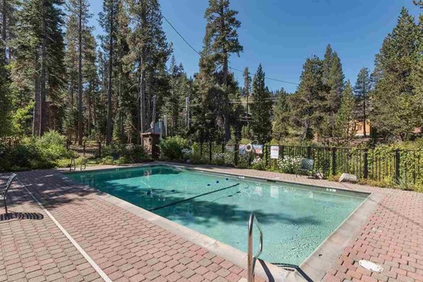 710 Mule Ears Court, Norden, CA - USA (photo 2)