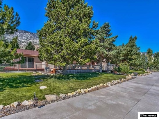 1176 Foothill Rd, Gardnerville, NV - USA (photo 2)