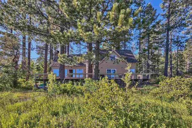 2562 Lake Forest Road, Tahoe City, CA - USA (photo 4)