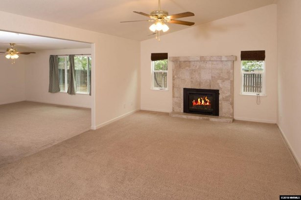 5715 Conte Dr, Carson City, NV - USA (photo 3)