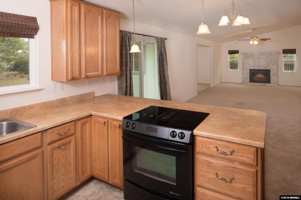 5715 Conte Dr, Carson City, NV - USA (photo 4)