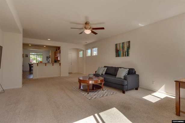 551 Ranchwood Ln, Fernley, NV - USA (photo 3)