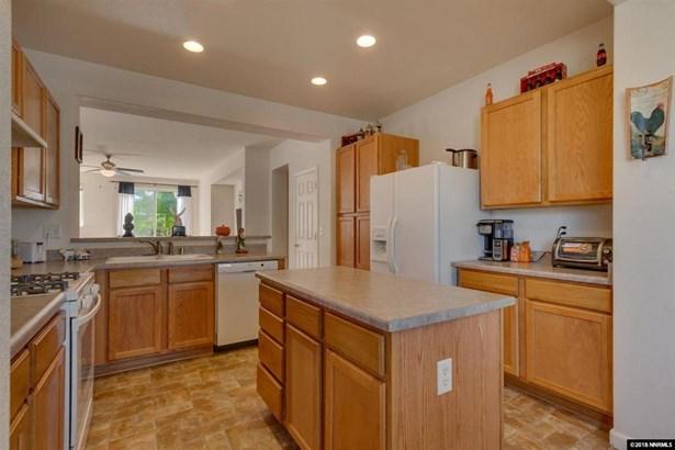 551 Ranchwood Ln, Fernley, NV - USA (photo 5)