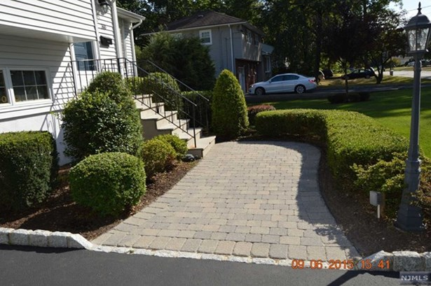 Northvale, NJ - USA (photo 2)