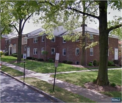 80  Huguenot Ave, Englewood, NJ - USA (photo 1)