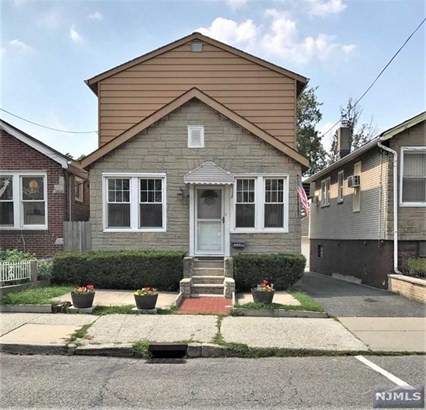 8419  Newkirk Ave, North Bergen, NJ - USA (photo 1)