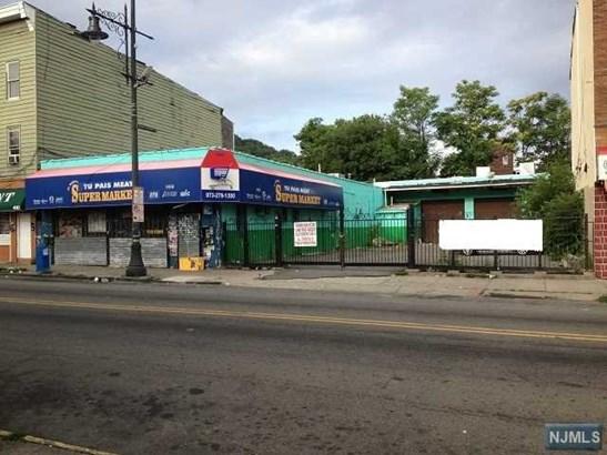 Paterson, NJ - USA (photo 1)