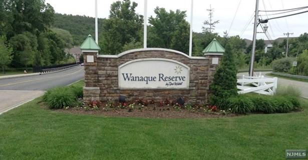Wanaque, NJ - USA (photo 1)