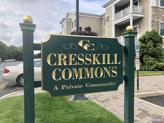 Cresskill, NJ - USA (photo 1)