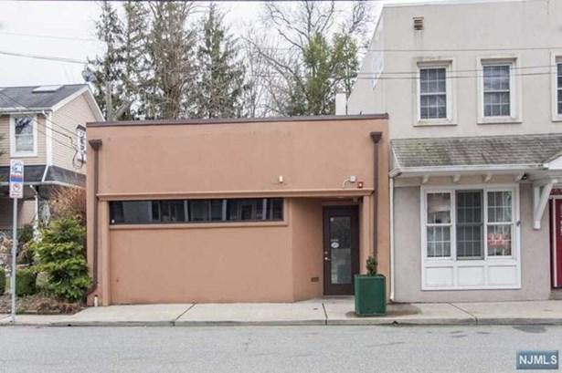 79 E Madison Ave, Dumont, NJ - USA (photo 1)